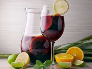 Need a Summer Drink? 3 of Our Favourite Sangria Recipes