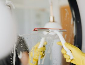 6 Things to Consider When Choosing Professional Cleaners