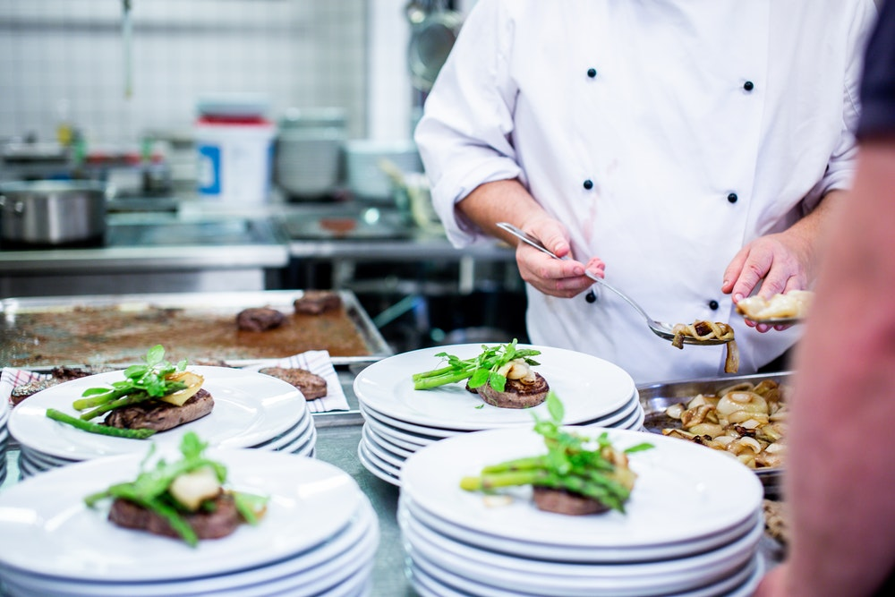 3 Great Reasons for Hiring a Private Chef for Your Party