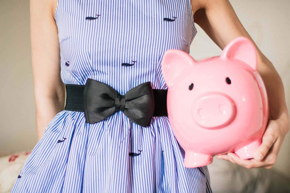 Your Money Saving Guide: Fantastic Ways to Save Money Easily